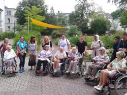 Die Klasse 9c zum Tag �Genial sozial� im Marthaheim Zwickau
