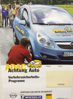 Achtung Auto